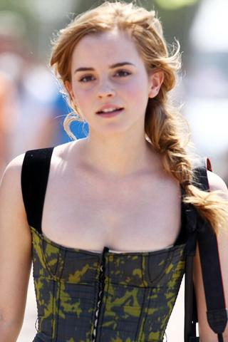 Some more pictures of Emma Watson without makeup 2 large