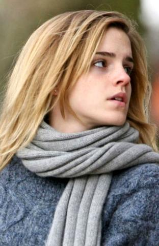 Some more pictures of Emma Watson without makeup 4 large