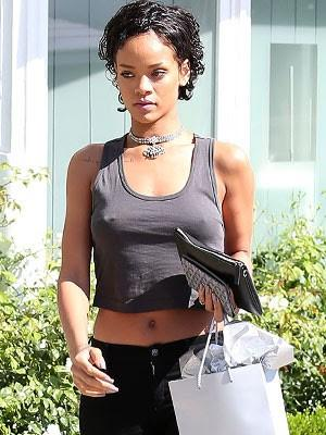 Some more pictures showing Rihanna s real hair large - MCSARA Hair