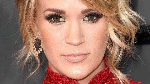 There Is No Fear Named Carrie Underwood No Makeup large result - MCSARA Hair