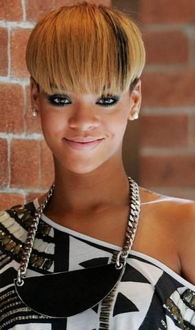 mcsara 50 Best Rihanna Short Hairstyles 4 large - MCSARA Hair