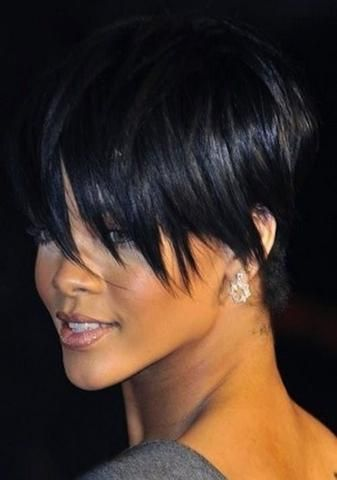 mcsara 50 Best Rihanna Short Hairstyles 6 large - MCSARA Hair